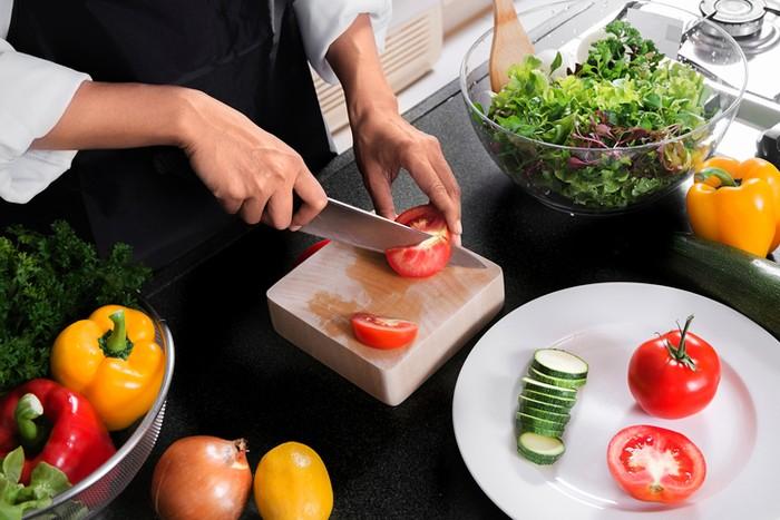 7 Mitos Soal Diet dan Nutrisi Ini Masih Banyak Dipercaya