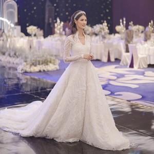 7 Fakta Pernikahan Mantan Chef Juna yang Tampil Cantik Bak Kate Middleton