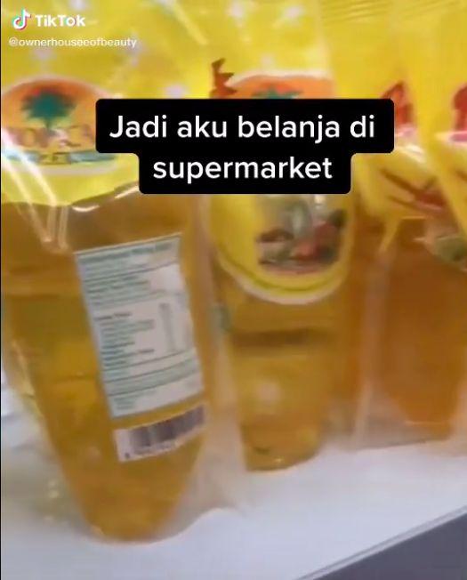 Borong Sembako untuk Diberikan Kasir Minimarket, Wanita Ini Banjir Pujian
