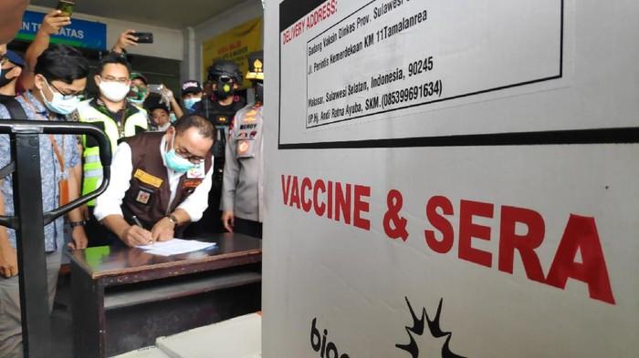 Tambahan 36.640 vaksin Corona Sinovac tiba di Sulsel.