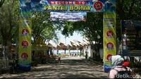 Wisatawan yang suka snorkeling dan diving cus datang ke Pantai Bohay di Probolinggo. Kamu bisa melihat indahnya terumbu karang dan juga ikan nemo dari dekat. (M Rofiq/detikcom)