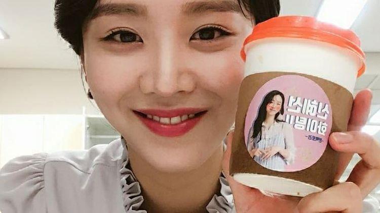 Shin Hye Sun Mr. Queen Sering Dapat Food Truck Saat Syuting