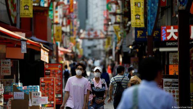 Sikap Skeptis Warga Hantui Program Vaksinasi Corona di Jepang