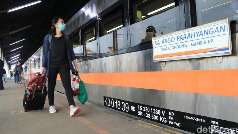 Ilustrasi kereta api Bandung.