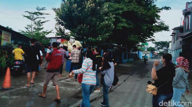 Obwis di Klaten yang tetap ramai hari Minggu ini (10/1)