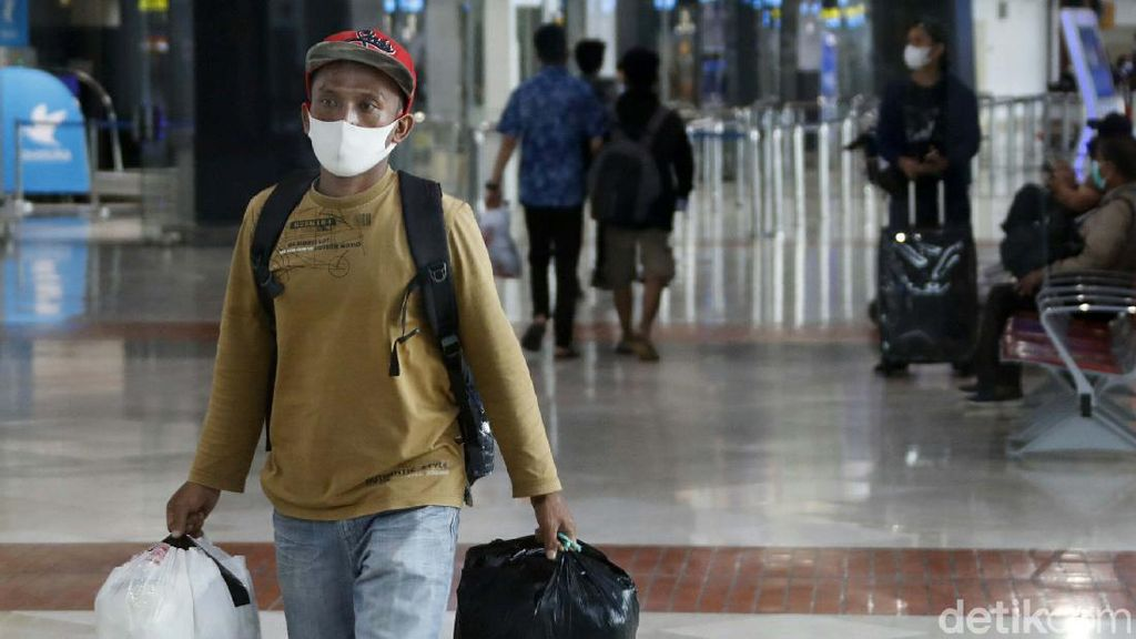Sejumlah Pemudik Colong Start di Bandara Soekarno-Hatta