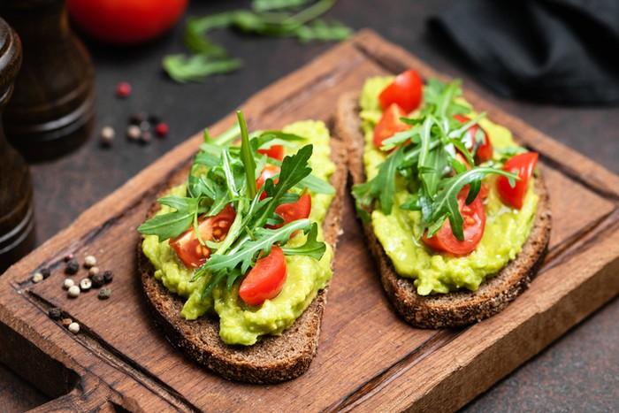 5 Camilan Sehat untuk Diet yang Baik Dikonsumsi Sebelum Tidur