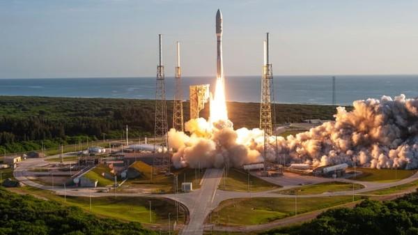 Tidak seperti peluncur roket vertikal konvensional yang kebanyakan kita bayangkan jika ke luar angkasa, Spaceport City dirancang untuk pesawat ruang angkasa suborbital. Armada ini lebih seperti pesawat yang lepas landas secara horizontal.