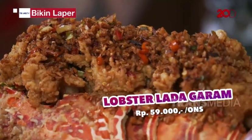 Bikin Laper! Kalap Makan Ayam Bakar Bambu dan Lobster Lada Garam
