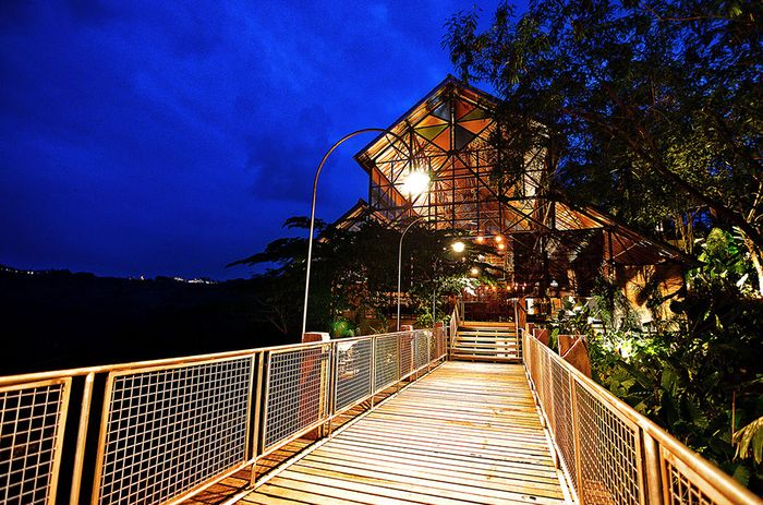 Desa Alamanis Resort Villa