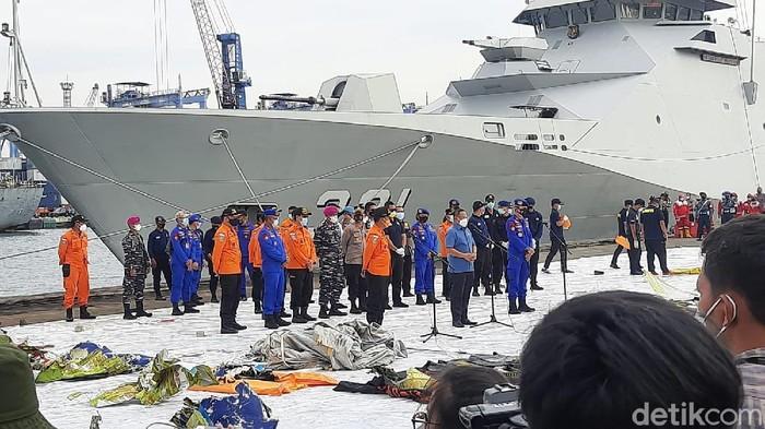 Jumpa pers Dirpolair Korpolairud Baharkam Polri terkait penemuan serpihan Sriwijaya Air (Fathan/detikcom)