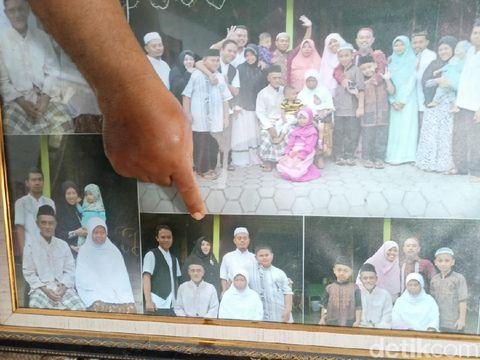 Keluarga korban di Ponorogo memaknai jatuhnya Sriwijaya Air SJ182 sebagai jalan berbeda menuju Sang Pencipta. Mereka mengaku ikhlas.