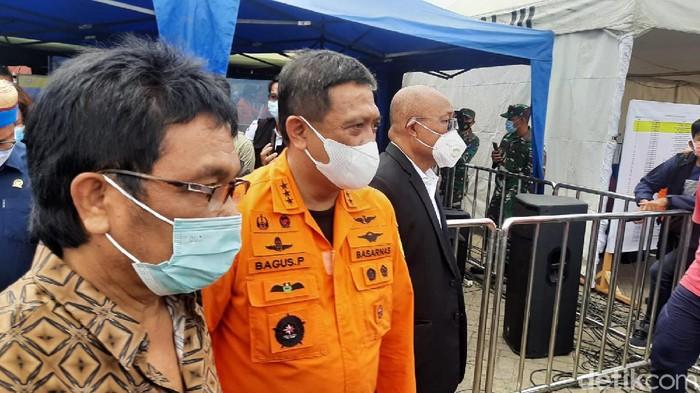Komisi V DPR mengecek lokasi evakuasi Sriwijaya Air SJ182 (Rahmat Fathan/detikcom).