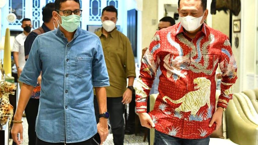 Bamsoet-Sandiaga Uno Duet Genjot Pariwisata Otomotif di Indonesia