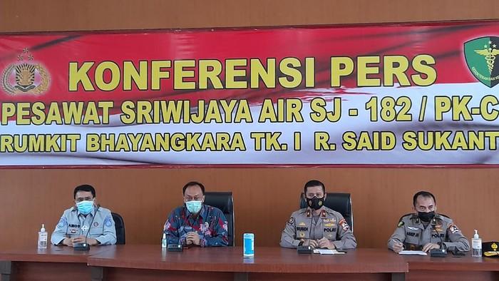 Jumpa pers terkait Sriwijaya Air SJ182 (Foto: Tiara Aliya/detikcom)