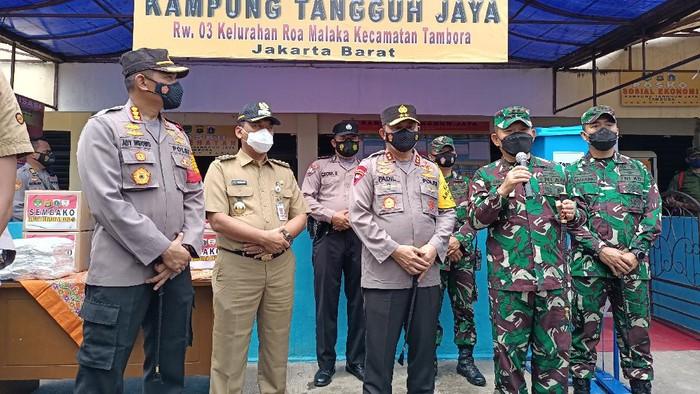 Kapolda Metro dan Pangdam Jaya Tinjau Kampung Tangguh di Tambora (Foto: Karin/detikcom)
