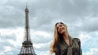 Liburannya Natalia Barulich, Model Seksi yang Kabarnya Dekat Sama Neymar