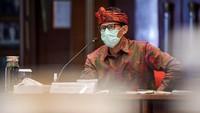 Sandiaga Ingatkan UU dan Penularan COVID-19 Saat WNA Ajak Bule Pindah ke Bali