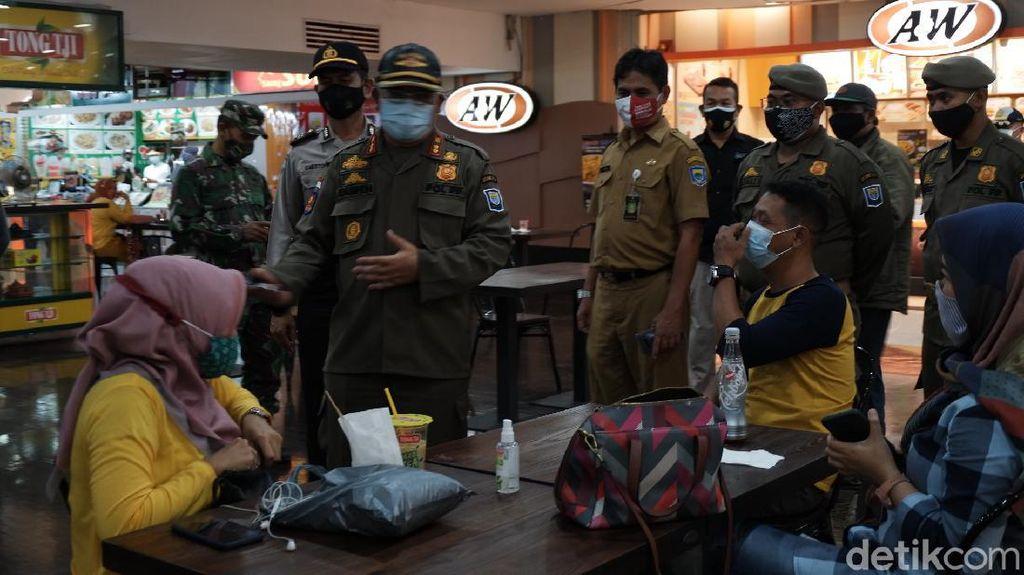 Pembatasan Baru, Tim Gabungan Inspeksi Prokes Mall Bandung