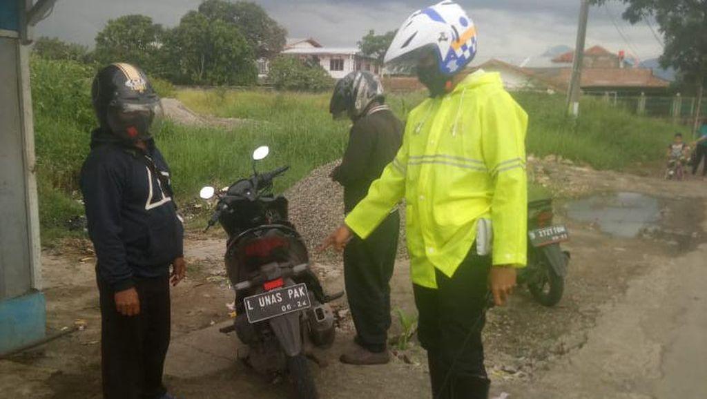 Motor Berpelat Nomor LUNAS PAK Disetop Polisi