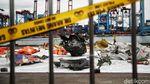 Serpihan Pesawat Sriwijaya Air Dikumpulkan di JICT