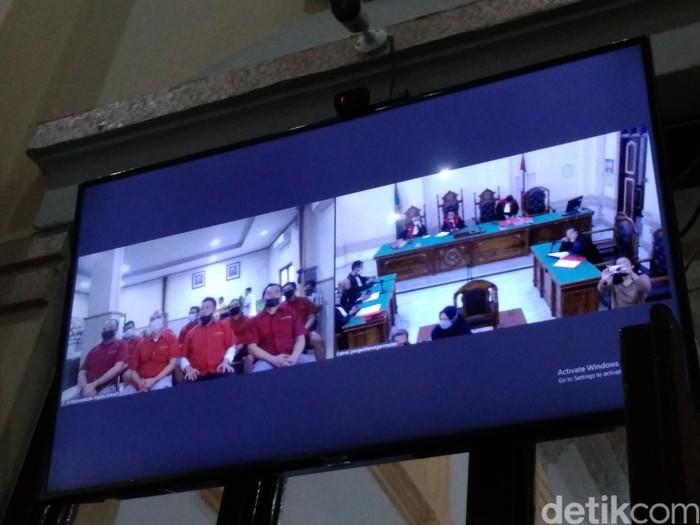 PN Medan vonis 8 oknum polisi dalam kasus rekayasa penemuan ganja tak bertuan (Datuk Haris Molana/detikcom).