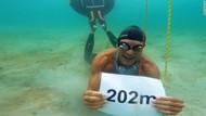 Manusia Ikan, Pria Ini Pecahkan Rekor Selam dengan Sekali Napas
