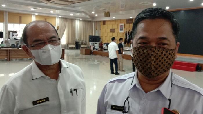 Jubir Satgas COVID-19 Sumut, Aris Yudhariansyah (kanan)/(Ahmad Arfah-detikcom)