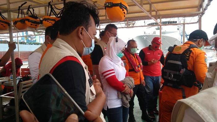 Kapal Basarnas yang angkut Komisi V DPR batal ke area jatuhnya Sriwijaya SJ182 karena cuaca buruk
