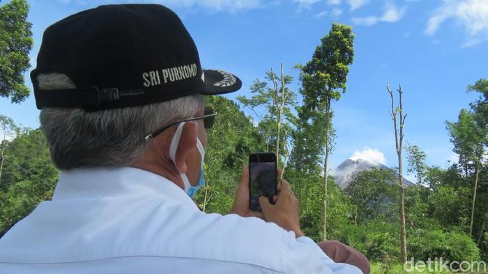 Balai Penyelidikan dan Pengembangan Teknologi Kebencanaan Geologi (BPPTKG) melaporkan adanya kubah lava baru di kawah Gunung Merapi. Perubahan morfologi ini mulai terlihat per tanggal 7 Januari 2021. Kondisinya semakin membesar setiap harinya.
