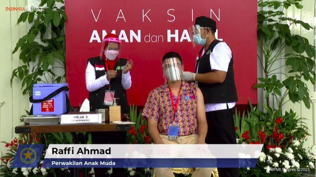 Ikut Pesta Usai Divaksin di Istana, Raffi Ahmad Diingatkan Taat Prokes!