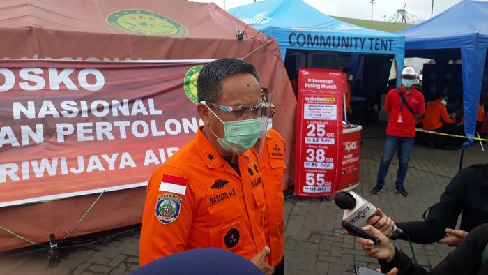 Direktur Operasional Basarnas Brigjen TNI (Mar) Rasman MS (Foto: Azhar/detikcom)