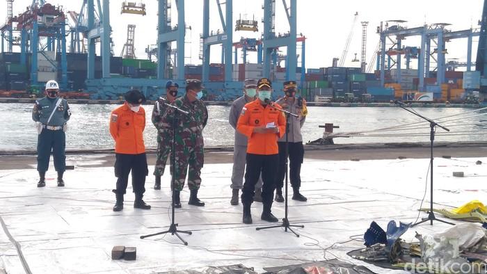 Jumpa pers soal hari ke-5 evakuasi Sriwijaya Air SJ182. (Adhyasta Dirgantara/detikcom)