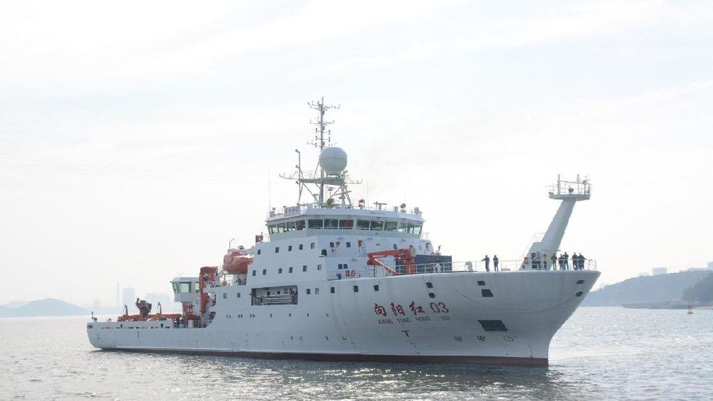 Bakamla Bayangi Kapal Survei China yang Matikan AIS di Selat Sunda