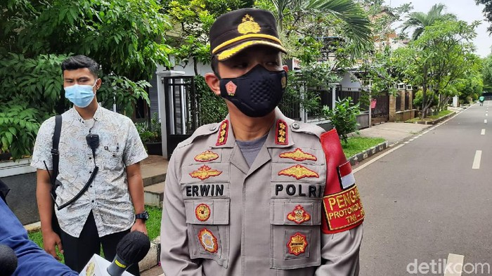 Kapolres Metro Jakarta Timur Kombes Erwin Kurniawan