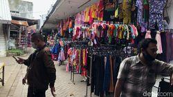 2 Emak-emak Terekam CCTV Curi Rokok Rp 3 Juta di Pasar Probolinggo