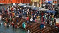 COVID-19 India Ngegas Gila-gilaan, Menkes Ingatkan RI Punya Risiko Serupa
