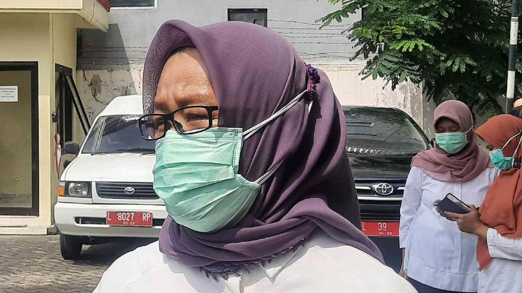 Vaksinasi COVID-19 ke Nakes Surabaya Ditargetkan Selesai pada 29 Januari