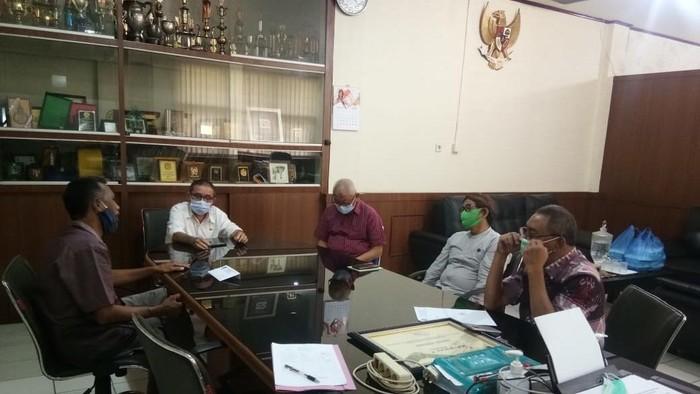 Pertemuan pimpinan Fakultas Pertanian dengan Guru Besar USU yang cuit SBY-AHY bodoh (dok. Istimewa)