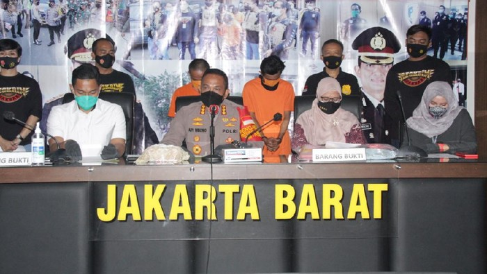 Rilis kasus pencabulan di Polres Jakarta Barat (Dok. Polres Jakbar).