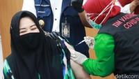 Ada 28 Laporan Efek Samping Vaksin Corona di Indonesia, Ini Kata Komnas KIPI
