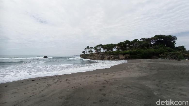 Spot Baru Pantai Batu Hiu Pangandaran