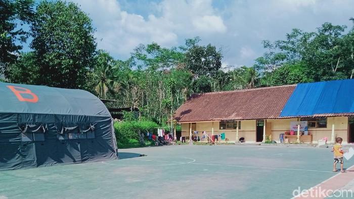 Tempat Evakuasi Warga Merapi di SDN 2 Balerante, Klaten