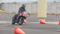 Kencan Singkat Bersama All New Honda CBR150R