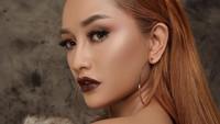 7 Potret Caesa Icha, Model Majalah Dewasa Ogah Jadi Simpanan Pria Kaya