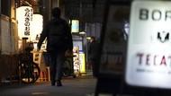 Puluhan Stafnya Kumpul-kumpul Larut Malam di Resto, Menkes Jepang Minta Maaf