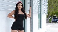 Foto: Wanita Ini Jualan Foto Kaki di Only Fans, Raup Rp 153 Juta Sebulan
