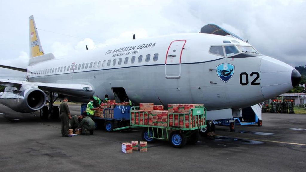 Foto: Bantuan Logistik untuk Korban Gempa Sulbar