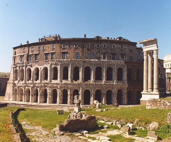 Setelah 20 abad dibangun, makam kaisar pertama Roma Kuno bisa dilihat oleh umum. Makam Mausoleo Augusto itu butuh waktu bertahun-tahun untuk proses restorasi.