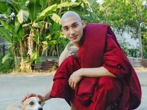 Biksu Ganteng Viral Curi Perhatian Netizen, Ternyata Ini Profesi Sebelumnya